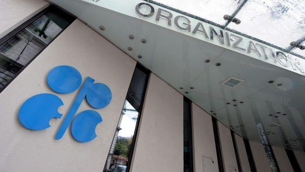 OPEC'in petrol üretimi Ocak'ta azaldı