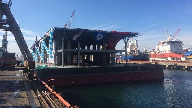 Yüzer Karaköy İskelesi Nisan'da hizmete alınacak