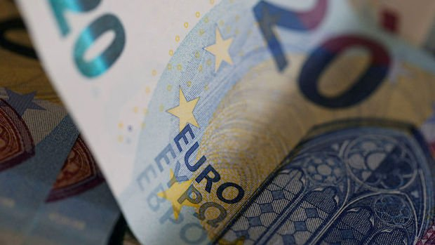 Euro/TL 4.7354 ile tarihi rekorunu tazeledi