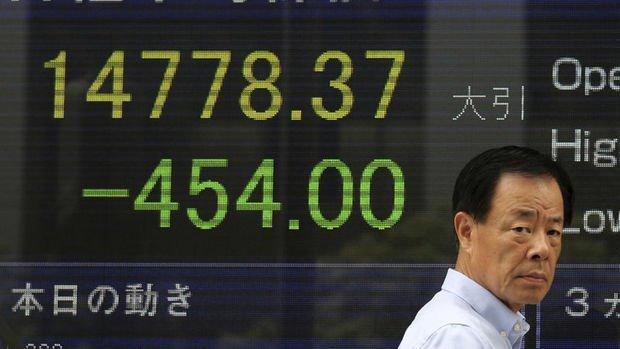 Japonya'da Topix Endeksi volatilitenin düşmesi ile yükseldi