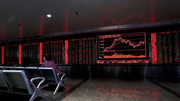 Küresel Piyasalar: Dolar sakin, hisse senetleri hafifçe düştü