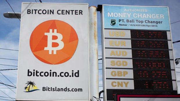 Kripto Paralar: Bitcoin 10 bin doların üzerindeki seyrini koruyor