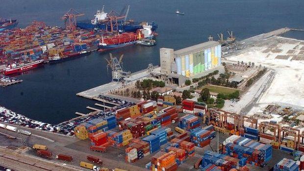 Türkiye dış ticaret açığı Şubat'ta 5.75 milyar dolara genişledi