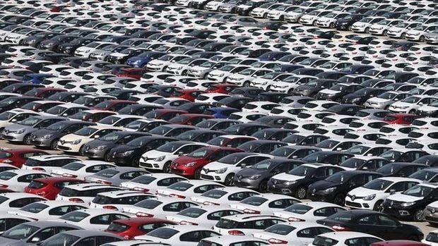 Otomobil ve hafif ticari araç satışları Şubat'ta yıllık % 0.1 arttı