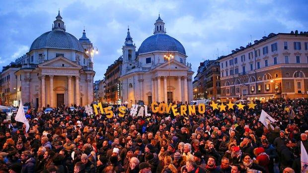İtalya'da banka hisseleri seçim sonrası sert düştü