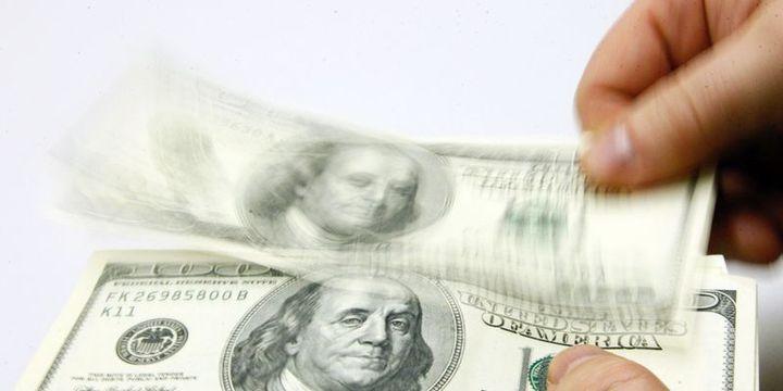 """Dolar/TL """"TCMB"""" sonrasında 3.80"""