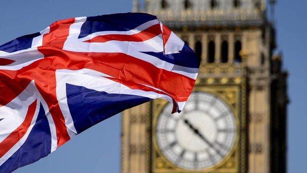 İngiltere 2018 büyüme tahminini yükseltti