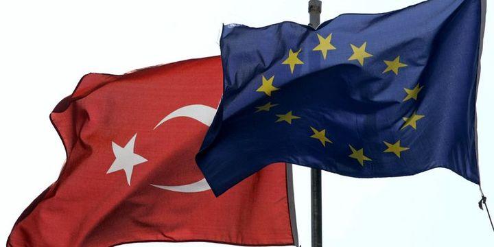 AB Suriyeli sığınmacılar için 3 milyar euro teklif etti