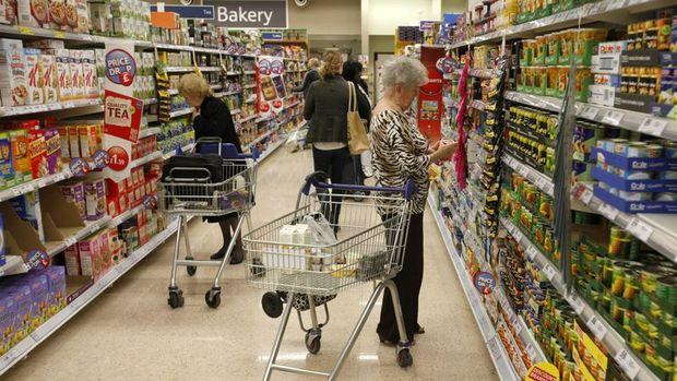 İngiltere'de enflasyon Şubat'ta beklentinin üzerinde yavaşladı