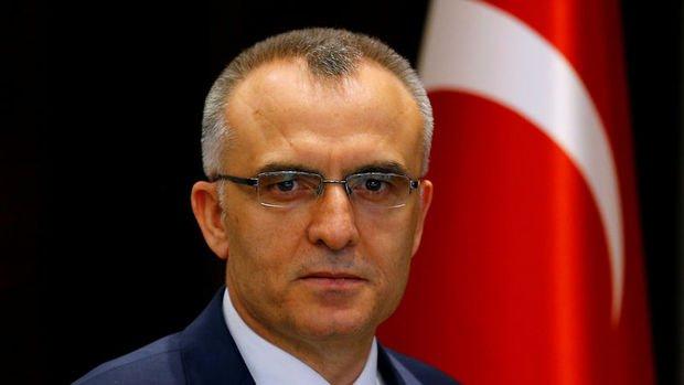 Maliye Bakanı Naci Ağbal'dan sağlık personeli alımı açıklaması