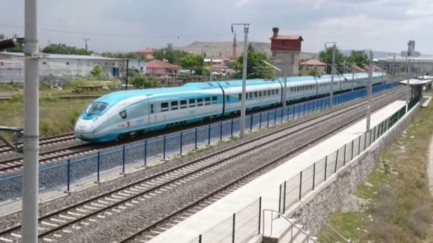 Yüksek hızlı tren seti ihalesini Siemens kazandı