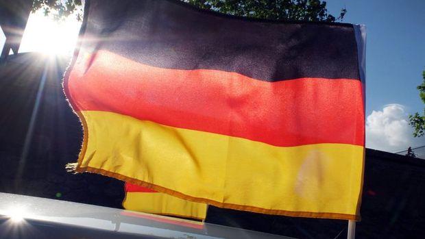 Almanya'da işsizlik % 5.3 ile rekor düşük seviyeye indi