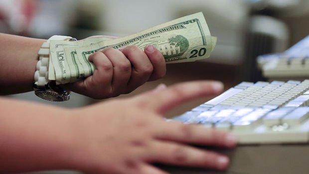 ABD'de kişisel gelirler %0.4 arttı, PCE enflasyon yükseldi