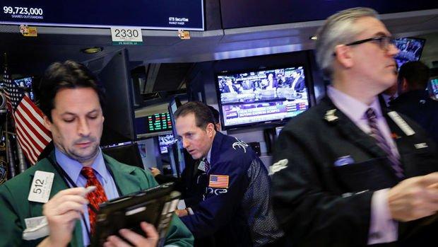 ABD borsalarında düşüşler yüzde 3'e yaklaştı