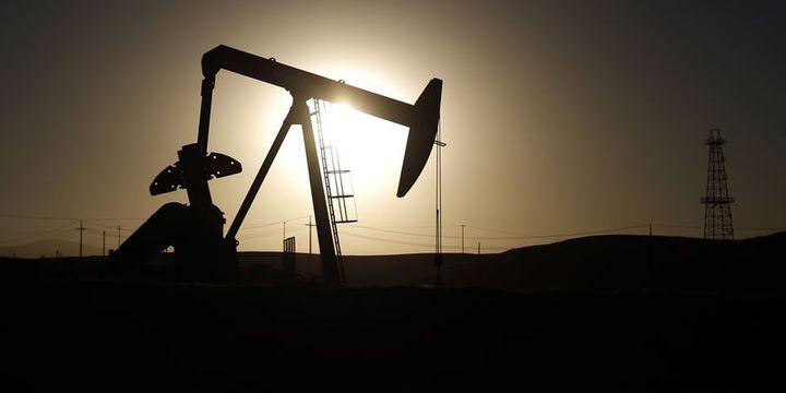ABD petrol fiyatları tahminini 1 dolar yükseltti