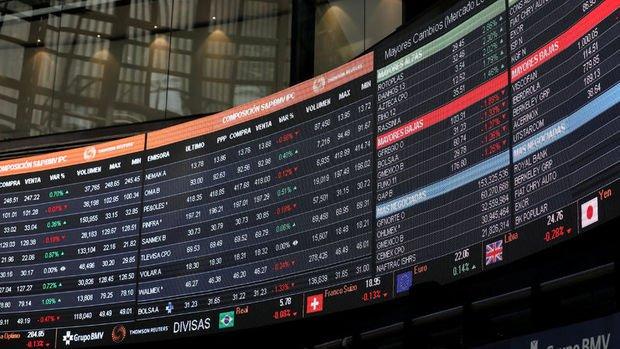 Küresel Piyasalar: Dolar yükseldi, hisse senetleri karışık