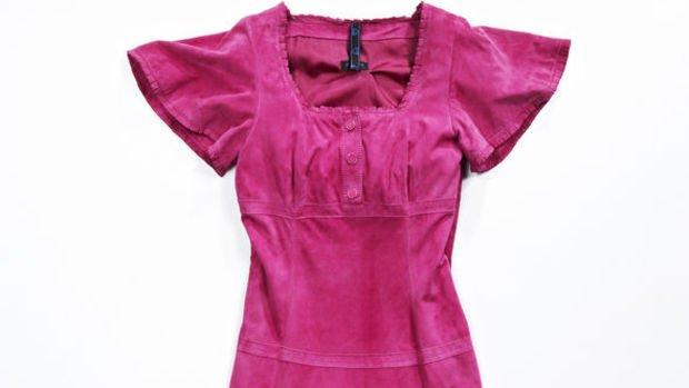 Nisan'da en fazla kadın elbisesinin fiyatı arttı