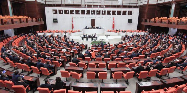 İmar barışı, borçlara yapılandırma, emekliye ikramiye tasarısı komisyonda