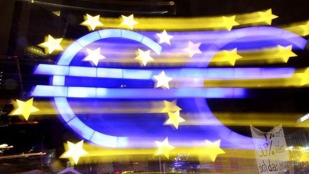 Euro Bölgesi'nde hizmet PMI 54.7 oldu
