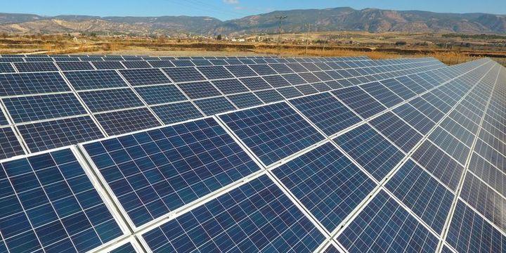 """""""Güneş enerjisi potansiyelimiz toplam elektrik ihtiyacımızdan fazla"""""""
