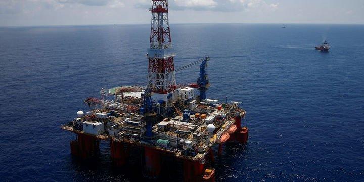 """""""Petrol büyük jeopolitik risklerle 100 dolar olabilir"""""""
