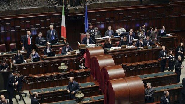 İtalya'da temerrüt riski