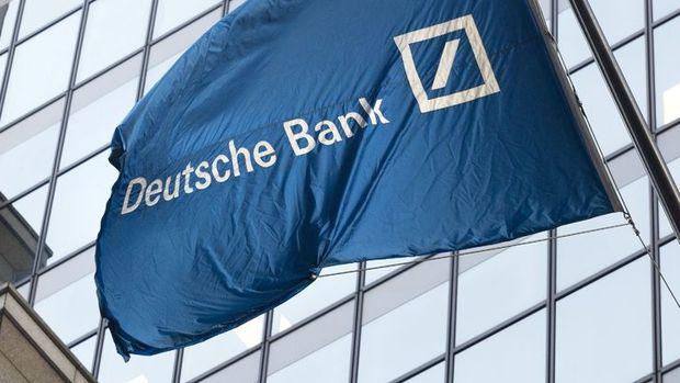 Deutsche Bank hisseleri rekor seviyeye düştü