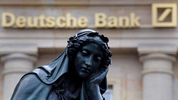 Deutsche 6 ayda piyasa değerinin yarısını kaybetti