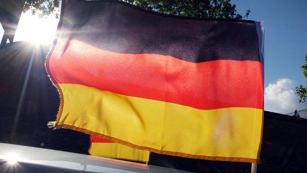 Almanya'da bileşik PMI Mayıs'ta düştü