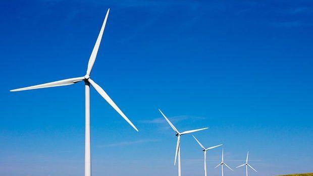 Yenilenebilir enerji yatırımları hızla artıyor