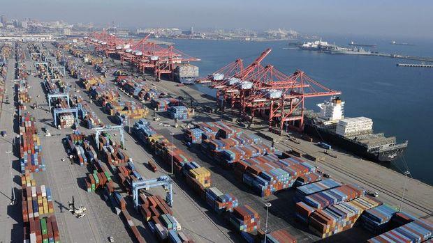 ABD'de dış ticaret açığı 7 ayın en düşük seviyesine indi