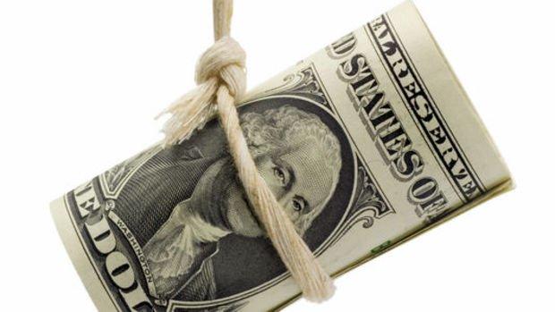 Dolar/TL %1 düşüşle 4.55 seviyesinde