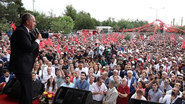 Muharrem İnce Diyarbakır'da vatandaşlara seslendi