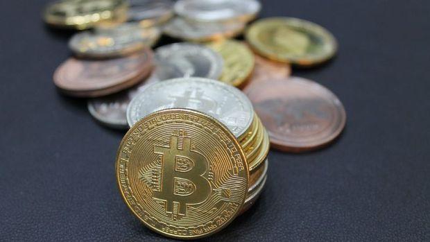 Bitcoin Şubat'tan bu yana en düşük seviyesine indi