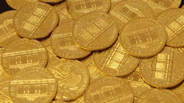 """Altın """"Fed"""" öncesinde geriledi"""