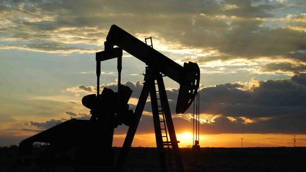 UEA: İran ve Venezuela'nın petrol üretimi yüzde 30 düşebilir