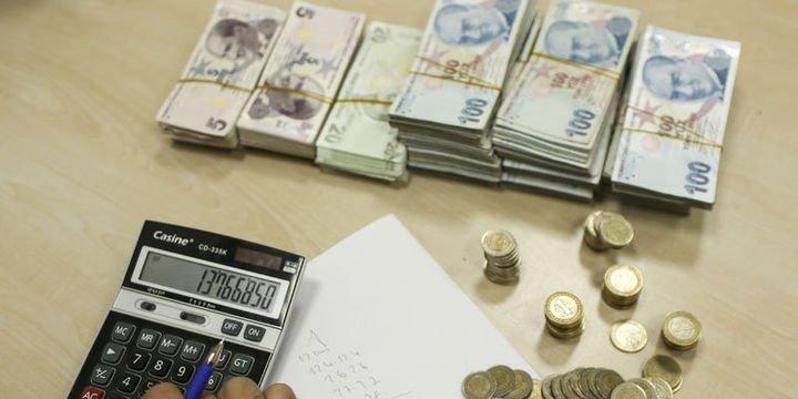 Toplam kredi stoku 2,4 trilyon lira oldu