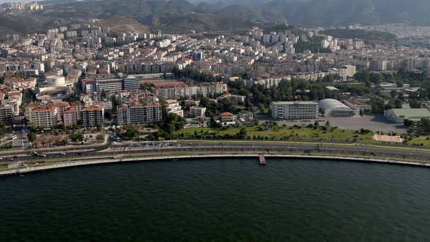 Konut metrekare fiyat artışında İzmir, İstanbul'u geçti