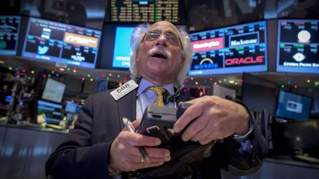Küresel Piyasalar: Dolar 2016'dan beri en iyi haftasına yöneldi