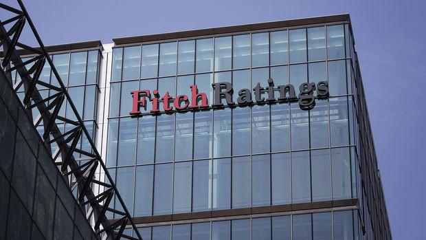 Fitch: Türkiye'de iç ve dış finansman maliyetlerindeki artış büyümeyi aşağı çekecek
