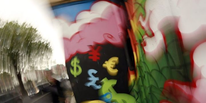 """Dolar/TL 4.46"