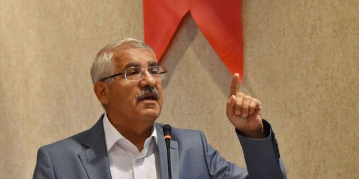 İYİ Partili vekilden AK Parti