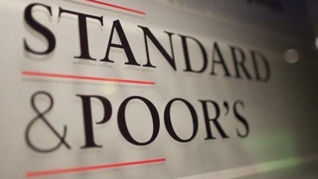 S&P: Türkiye'yi yakından izliyoruz