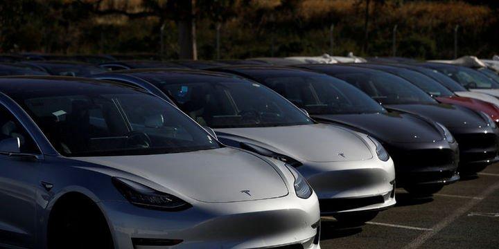 Tesla Çin