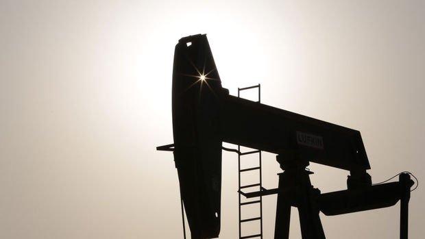 ABD'nin ticari ham petrol stokları sert düştü