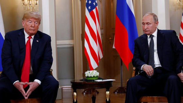 Trump-Putin zirvesi başladı