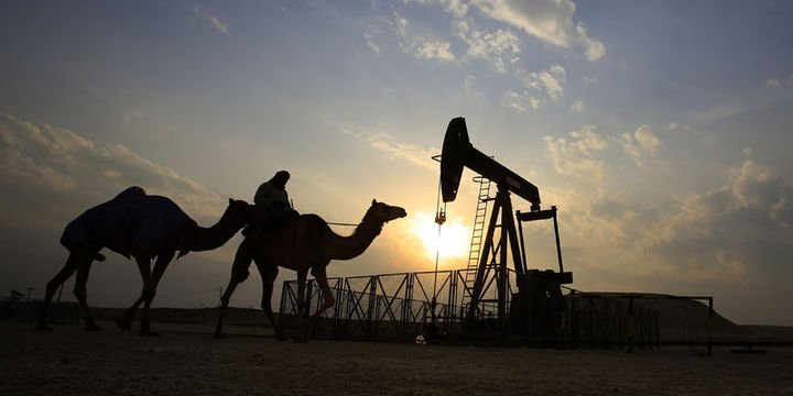 Petrol ticaret endişeleri ve üretim haberleri ile 68 dolar civarında kaldı