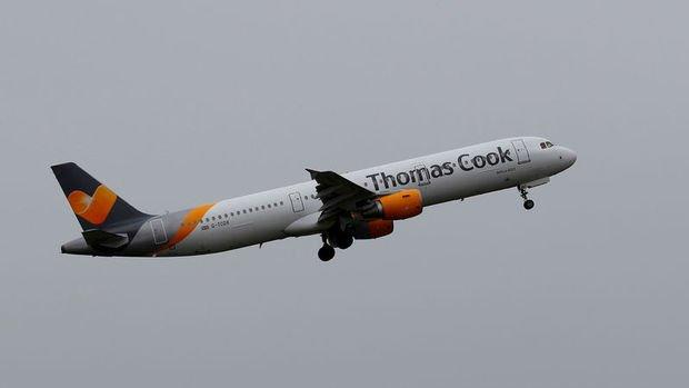 Thomas Cook hava yolu bölümünü satmayı düşünüyor
