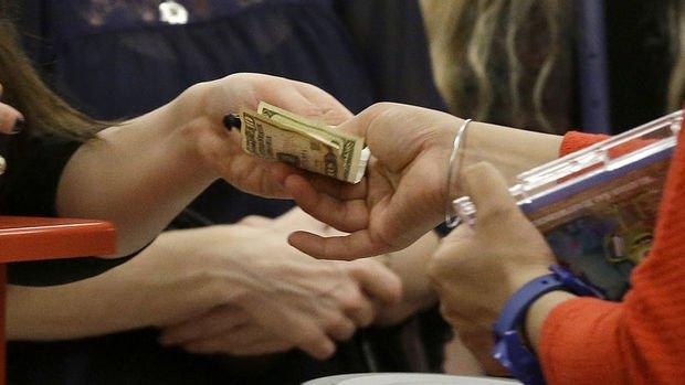 ABD'de kişisel harcamalar Haziran'da güçlü kaldı