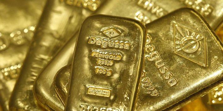"""Altın """"ticaret savaşı"""" haberleri ile düştü"""